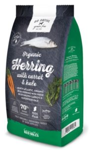 A bag of Connolly's Red Mills high quality Go Native dog food with organic herring, carrot and kale. A best food to feed your dog