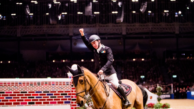 RED MILLS Rider Mikey Pender crowns incredible year with Olympia Puissance victory